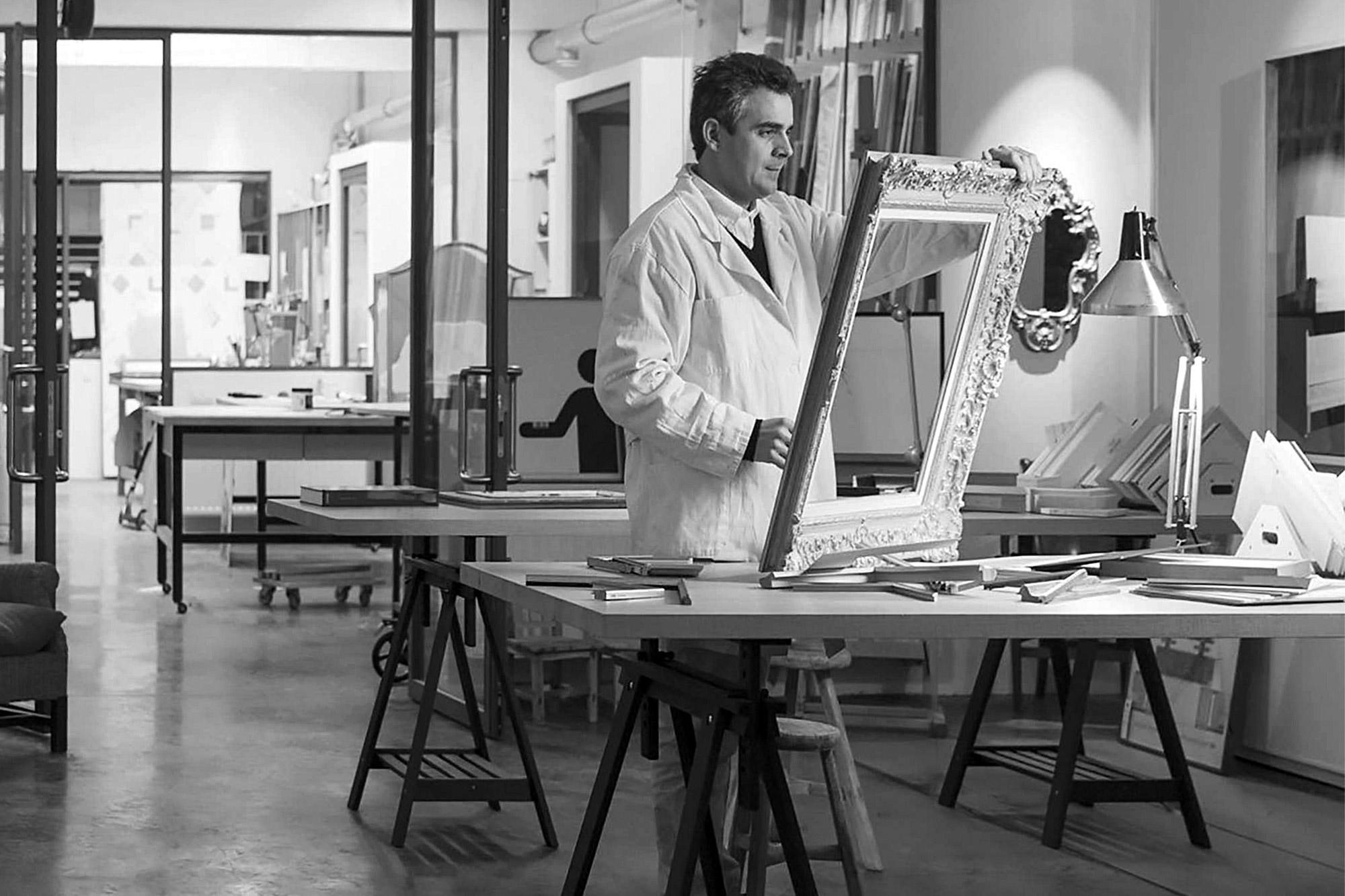 Neess encadrement atelier encadreur sur-mesure cadres standards de style rg gault restauration dorure rue du page chatelain bruxelles