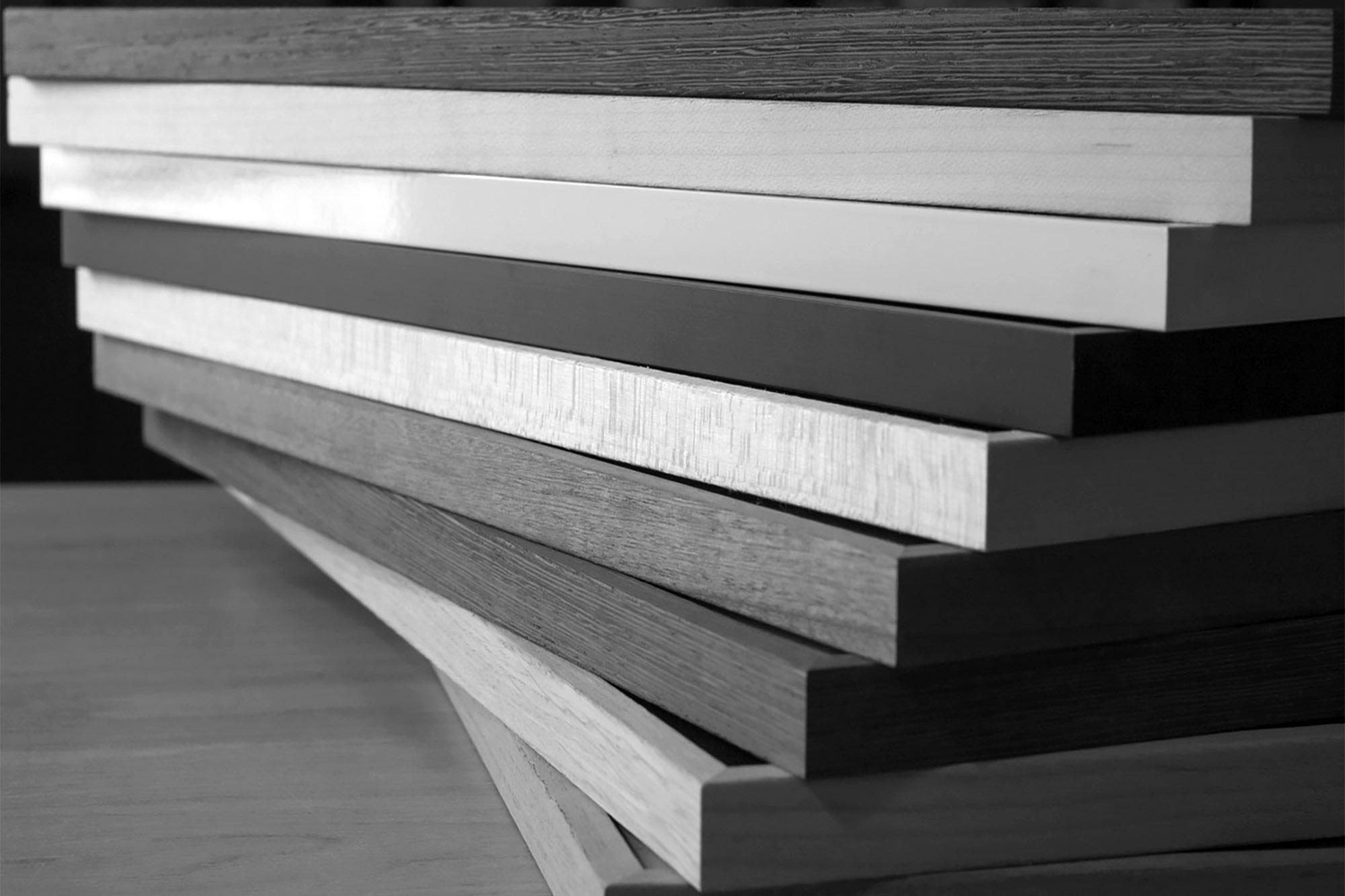 Neess encadrement atelier encadreur cadres formats standards simples peu cher onéreux bois aluminium haute qualité protection conservation verre anti-reflet rapide facile profil bois rue du page Châtelain Bruxelles