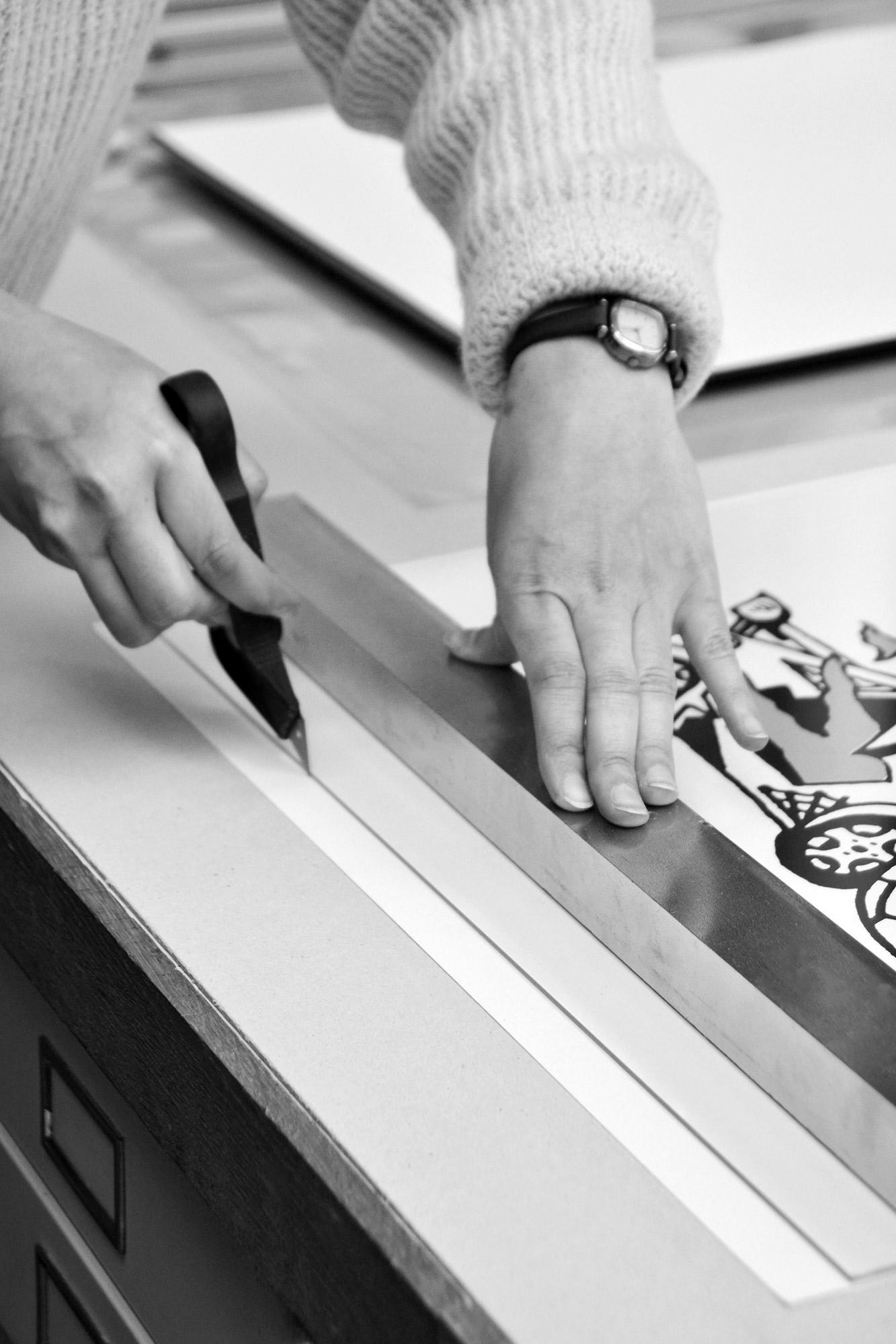 Neess encadrement atelier encadreur cadres sur-mesure style ancien contemporain bois aluminium plomb rue du page Châtelain Bruxelles