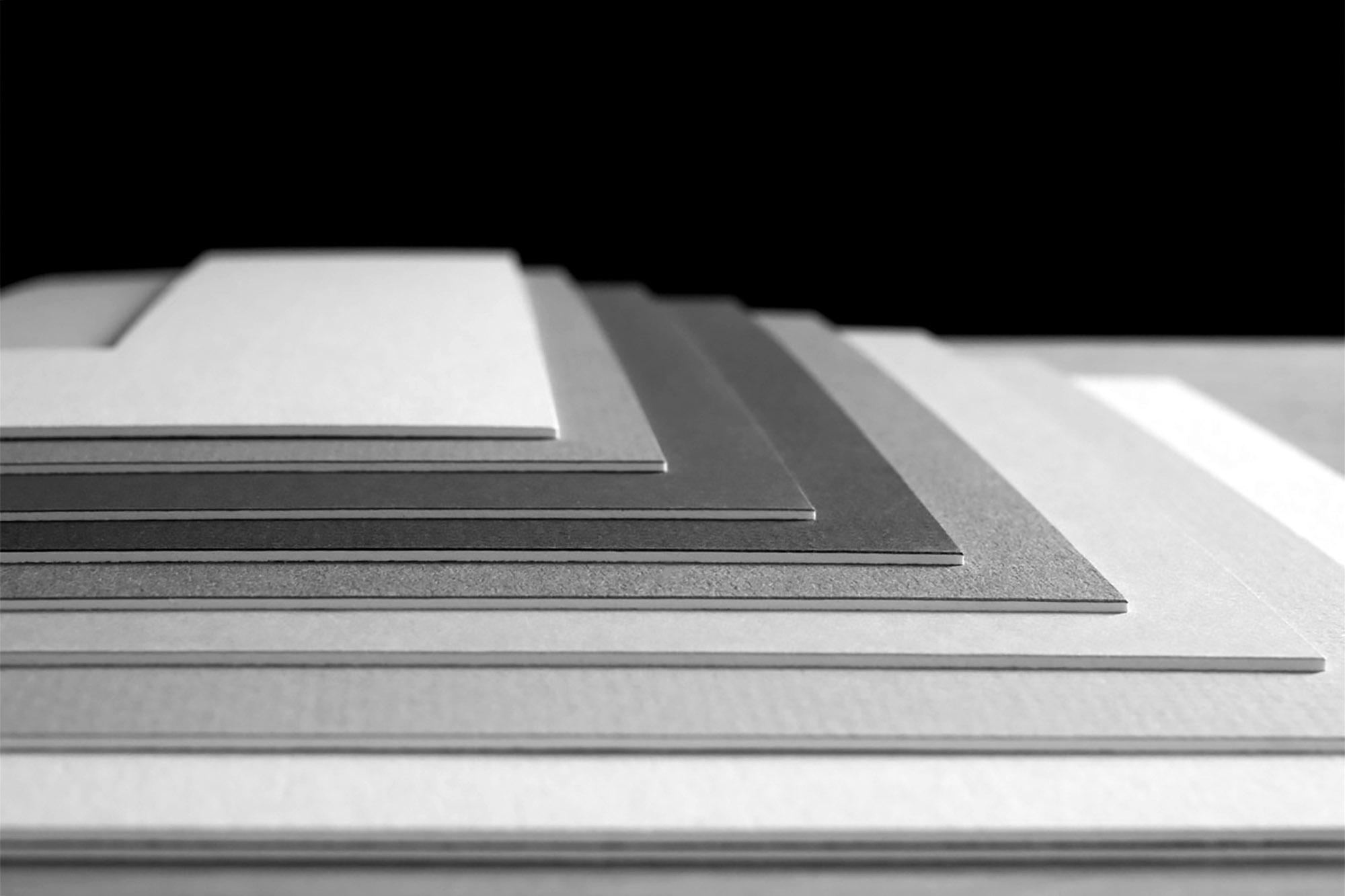 Neess encadrement atelier encadreur cadres sur-mesure style ancien contemporain bois aluminium plomb verre passe-partout marie-louise rue du page Châtelain Bruxelles