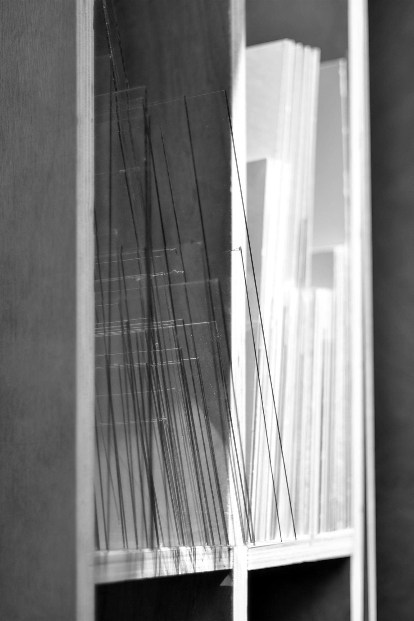 Neess encadrement atelier encadreur cadres sur-mesure style ancien contemporain bois aluminium plomb verre anti-reflet passe-partout marie-louise rue du page Châtelain Bruxelles